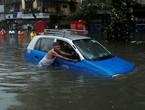 الهند | الفيضانات تودي بحياة 100 شخص على الاقل
