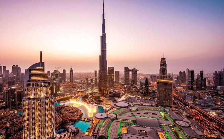 الإمارات | طقس مستقر وفرصة لتشكل الضباب غرب البلاد