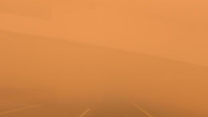 تحديث 2:50م | موجات غُبار وعواصف رملية قوية تؤثر على شرق طبرجل