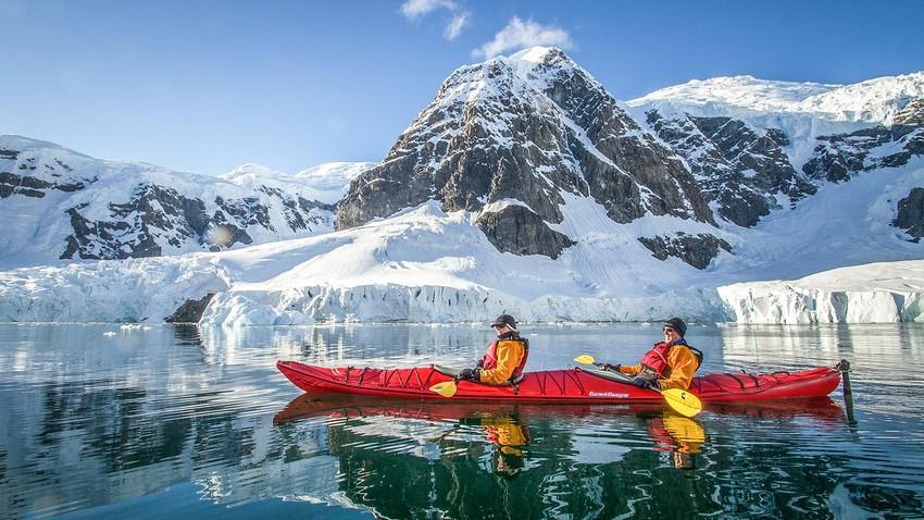 هل يمكن الذهاب في رحلة سياحية إلى القارة القطبية الجنوبية؟