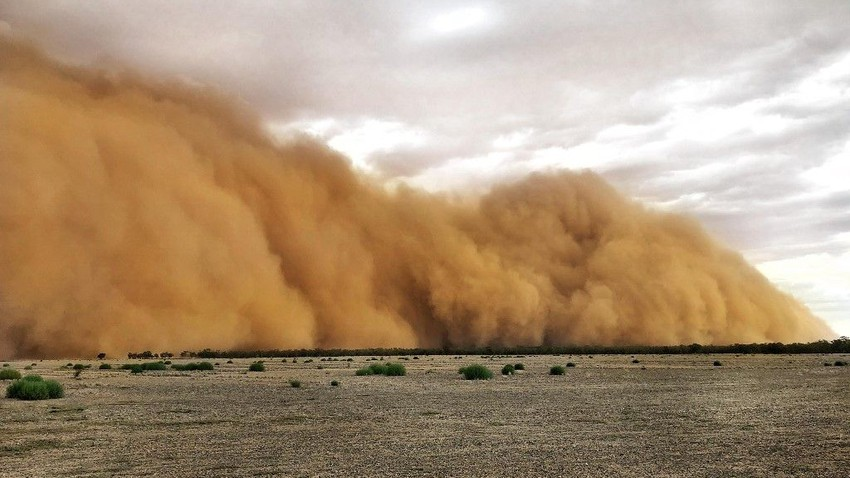 Important | Alert from a regional dust wave affecting 7 Arab countries at the end of the week