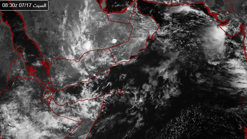 سلطنة عُمان | بشكل نادر صيفاً .. هكذا رصدت الأقمار الإصطناعية السحب المنخفضة والطبقية وهي تغطي مساحات واسعة من عُمان