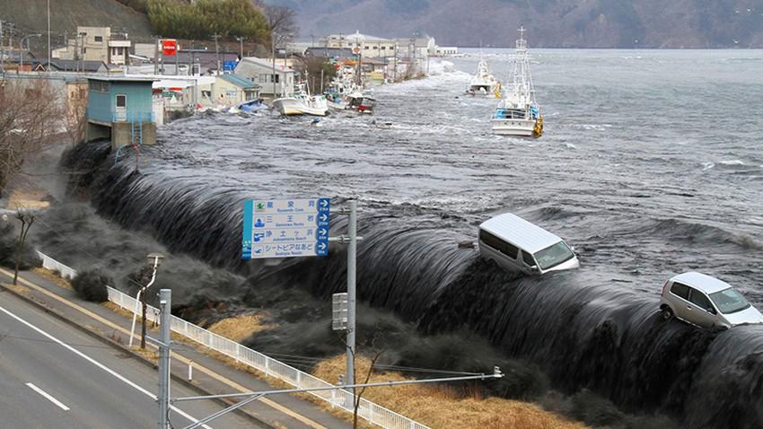 زلزال بقوة 7.2 يهز سواحل الفلبين والمرصد الأمريكي يصدر تحذيراً عاجلاً من التسونامي