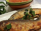 How to prepare fesikh fish dish with tomato casserole for breakfast on the first day of Eid al-Fitr