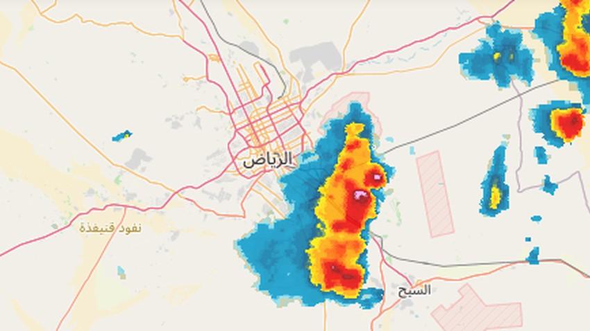 عاجل - الرياض | السحابة الرعدية على تخوم الرياض وستؤثر على جنوبها بشكل مباشر