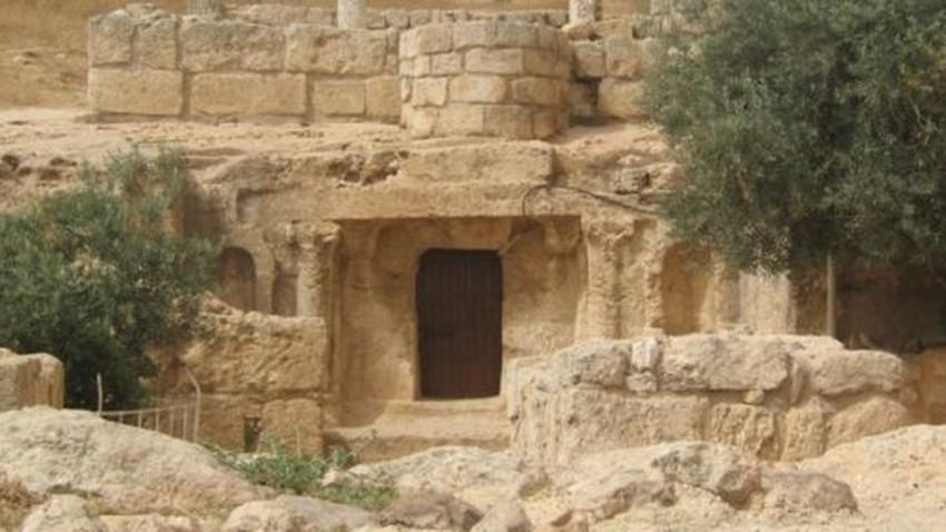 أين يقع الكهف الذي لبث فيه أهل الكهف 300 سنة؟!