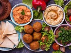 لعشاق الطعام.. قبل سفرك إلى الأردن تعرّف على أكثر الأطباق شعبية فيها