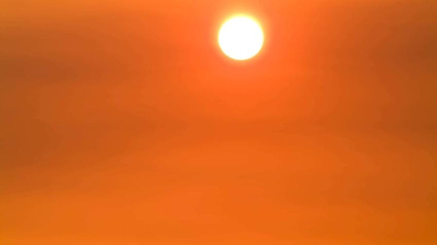 المنخفض الخماسيني: الحرارة الآن في العقبة 43 و الغبار يزداد بالأجواء. تعرف على توقعات الساعة القادمة