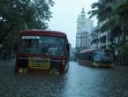 بالفيديو | أقوى 10 مشاهد لاجتياح واغراق اعصار تاوكتا لمدينة مومباي في الهند