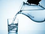 علامات تخبرك بأن جسمك يفتقد الماء عند ارتفاع درجات الحرارة