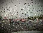 """أمطار الخير تزور """"دبي"""" لأول مرة خلال الموسم الحالي.. شاهد"""
