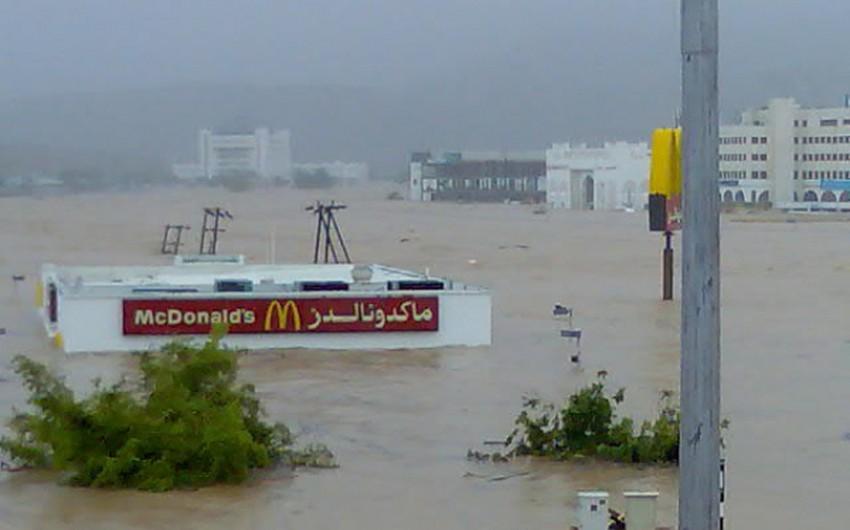 الاعصار جونو كان حدثاً بارزاً لن ينساه العُمانيون