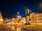 بالصور   بلدية مسقط تنفذ خطط التعقيم للاماكن العامة في محافظة مسقط