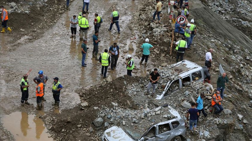 4 people died due to torrential rain in Turkey