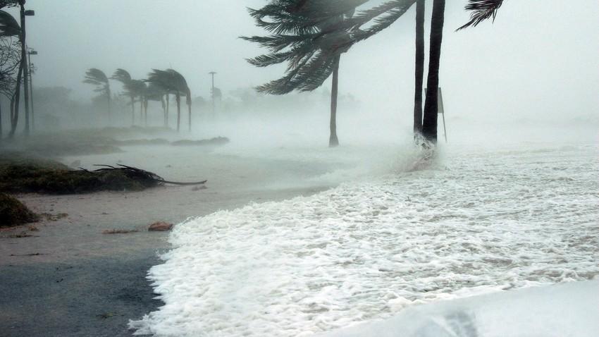الاعصار كيار يواصل اقترابه من سلطنة عمان وحالة من عدم الاستقرار الجوي خاصة العراق والكويت