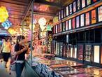 """السوق الليلي """"باتو فرينجي"""" في بينانج بماليزيا"""