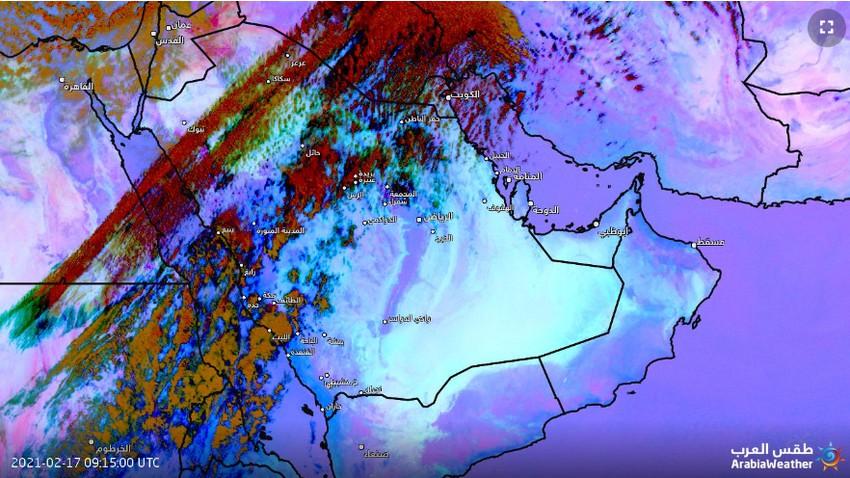 تحديث 1:00م   موجة من الغبار الكثيف تؤثر على أجواء القريات