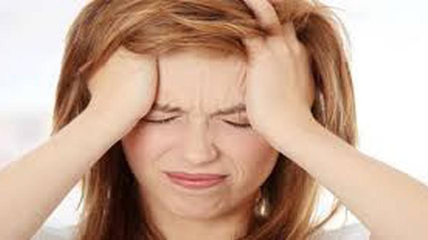 علاج الصداع بالأعشاب ووصفات طبيعية لوجع الرأس