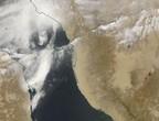 صورة من الفضاء تظهر العاصفة الغبارية التي أثرت على جدة