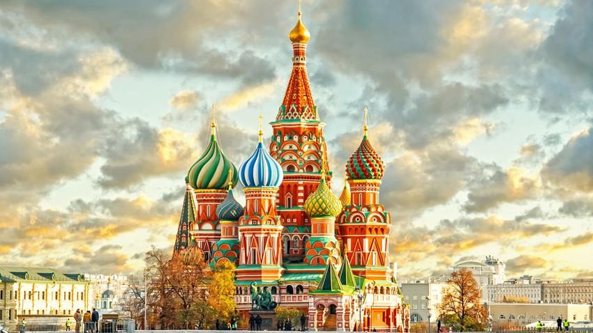 موسكو.. جولة إلى الساحة الحمراء وقصر الكرملين