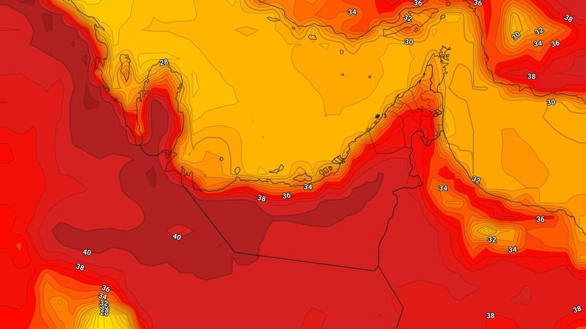 الإمارات | انخفاض قليل على درجات الحرارة الإثنين وفرصة ضعيفة لزخات رعدية من الأمطار في اجزاء محدودة