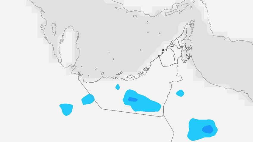 الإمارات | سُحب رعدية مُتوقعة على أجزاء من المناطق الداخلية يومي الأحد والإثنين تترافق بنشاط على سرعة الرياح المُثيرة للأتربة