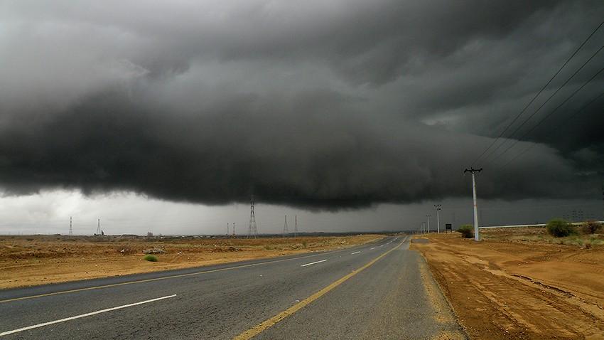 المزيد من الأمطار جنوب غرب السعودية خلال الأيام القادمة