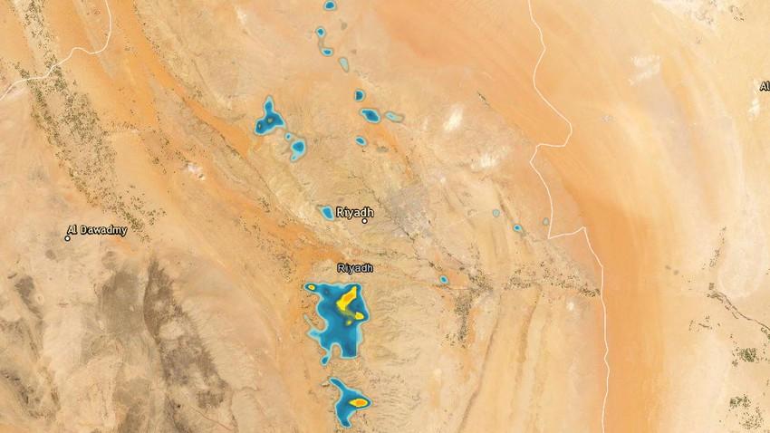 تحديث 1:15م | سُحب رعدية حول العاصمة الرياض وارتفاع احتمالية الأمطار والغبار الساعات القادمة