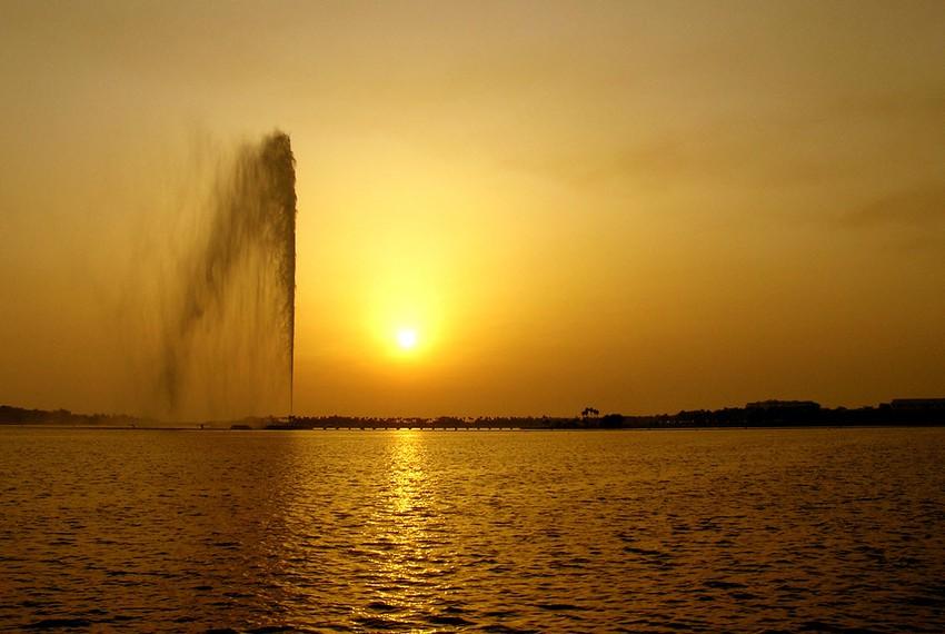 جدة تسجل 50 درجة مئوية وهي الأعلى هذا العام طقس العرب