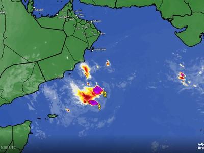 بحر العرب | آخر تحديثات الحالة المدارية لا تأثيرات مباشرة على السلطنة او اليمن