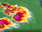 تحديث 8:40م | سُحب رعدية تتقدم نحو القصيم وأمطار متوقعة بعد قليل تترافق بزخات من البرد