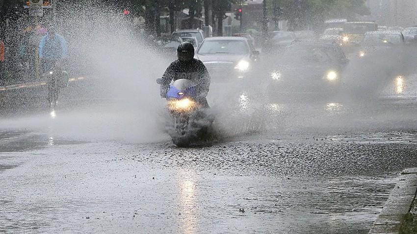 وفاة ثلاث أشخاص بعد الأمطار الغزيرة في بلغاريا