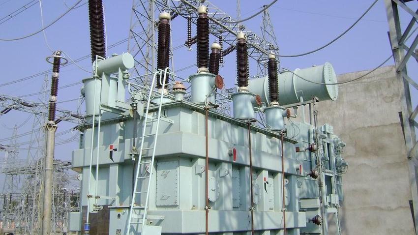 شاهد الآن - بدء عودة التيار الكهربائي في المناطق الجنوبية من المملكة