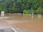 ولاية وست فرجينيا تتعرض لأسوأ موجة فيضانات منذ قرن