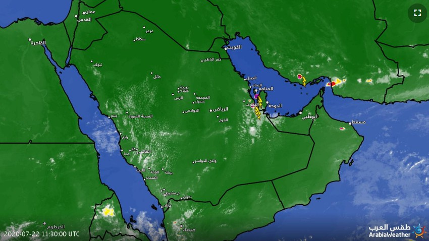 Saudi Arabia Notable activity of thunderstorms southeast of Al-Ahsa now