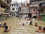 فيضانات الهند هي الأقوى منذ 100 عام