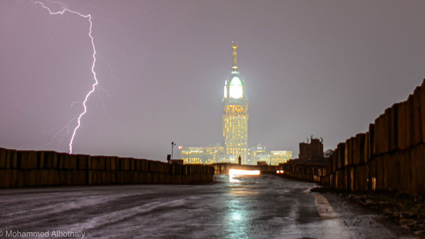 Mecca Weather instability and increased thunderstorm opportunities Tuesday and Wednesday