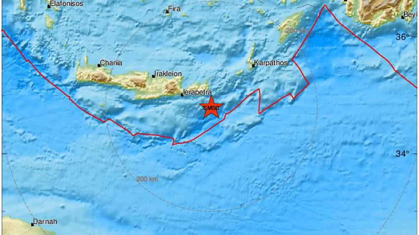 A 6.4-magnitude earthquake hits Greece and many Arab countries felt the tremor .. Details