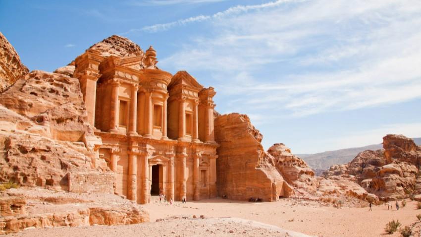 حالة الطقس ودرجات الحرارة المُتوقعة في الأردن يوم السبت 17-7-2021