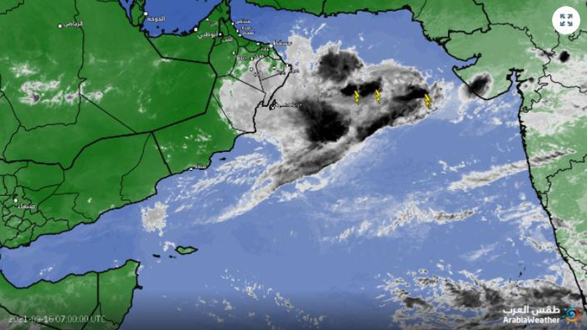 Sultanate of Oman   The flow of quantities of clouds over the Sultanate's airspace, interspersed with convective rain clouds over some areas