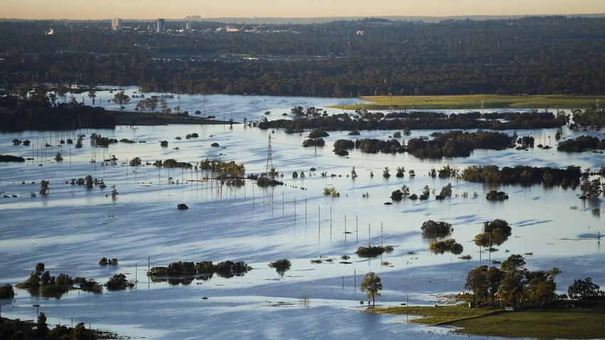 Inondations en Indonésie et sécheresse dans la péninsule arabique. Quelle est la raison scientifique derrière cela?