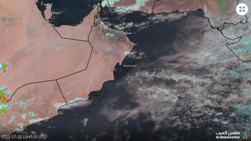 سلطنة عُمان   بداية نشاط السحب الرعدية الماطرة على جبال الحجر وتزايد رقعة الأمطار الساعات القادمة
