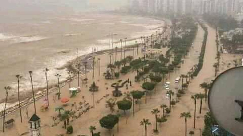 After Sudan, the rain floods Algeria and sweeps away vehicles