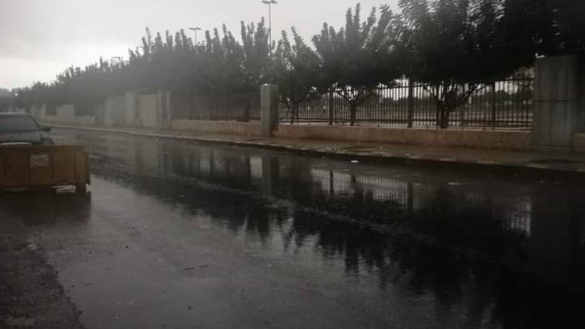 بالصور   هطول الأمطار في العاصمة عمّان صباح اليوم