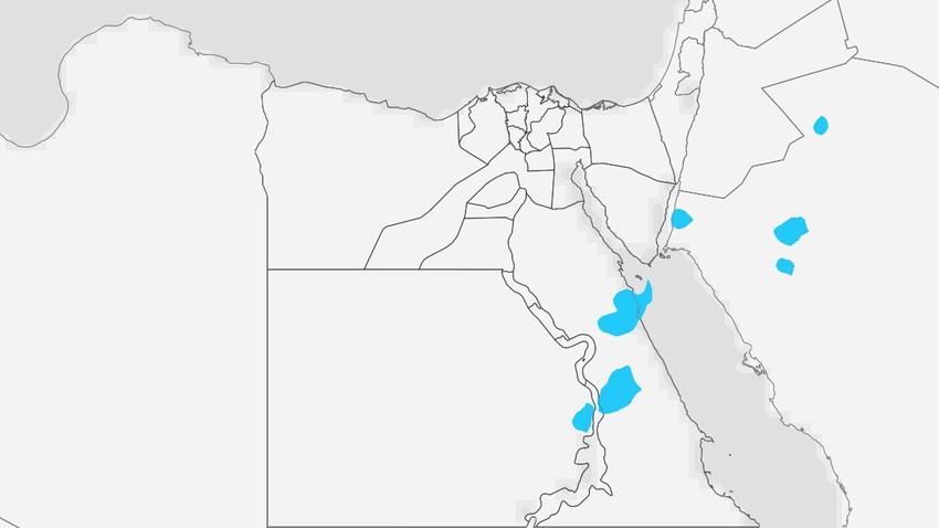 مصر | درجات حرارة أعلى من مُعدلاتها بقليل يوم الخميس واستمرار فرص الأمطار الرعدية بمناطق محدودة