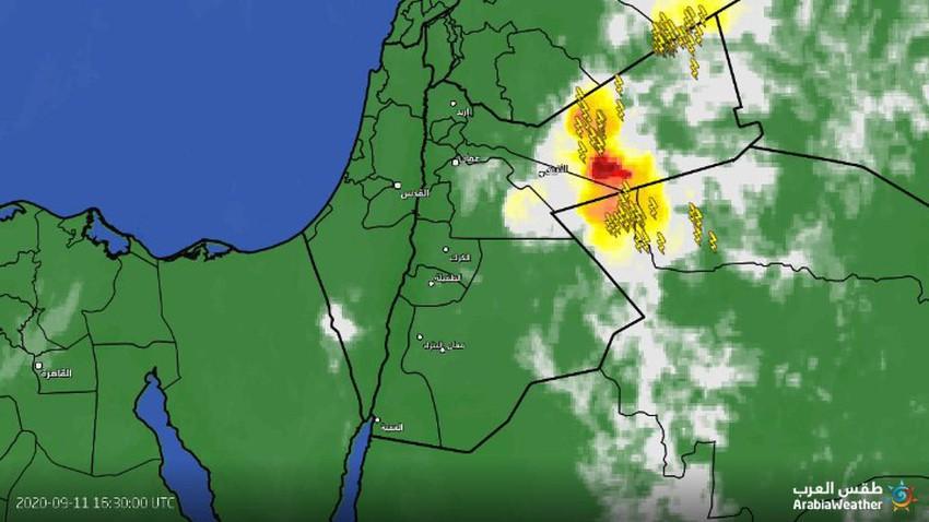 تحديث | سحب رعدية قوية شرق المملكة تحوي خطورة عالية