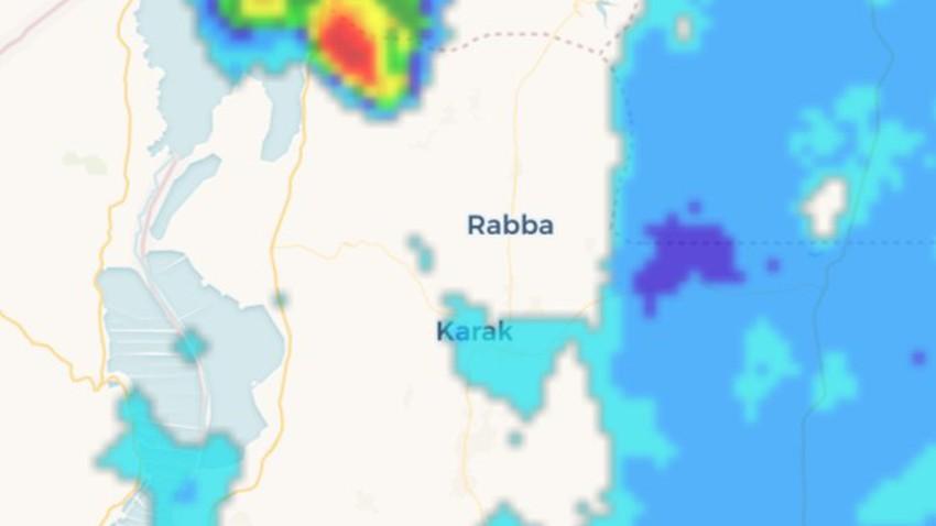 تنبيه-البحر الميت | سحب قوية تحيط بمرتفعات البحر الميت وتنبيه من جريان السيول