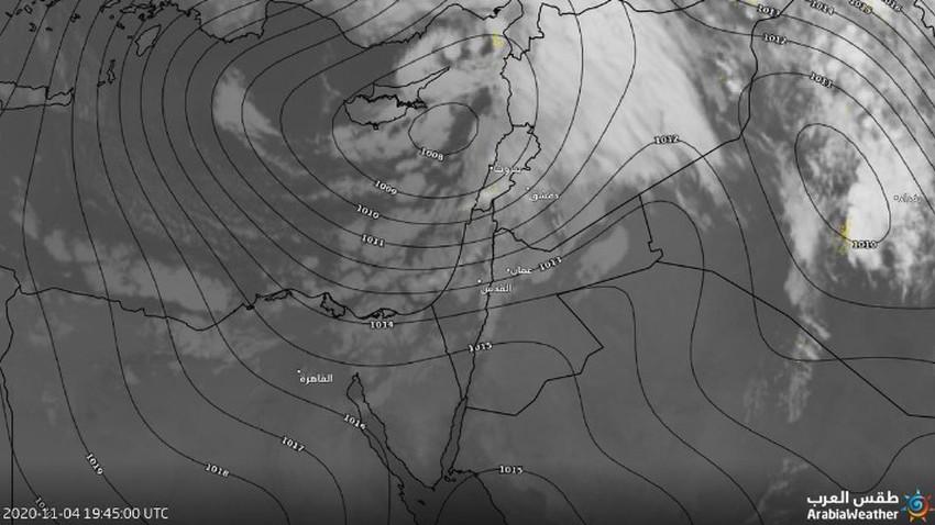 تحديث الساعة 10.20 | تحرك مركز المنخفض الجوي لقابلة سواحل سوريا وجبهة هوائية تعبر المملكة خلال الساعات القادمة