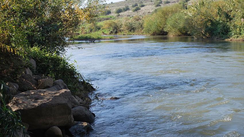 ما أهمية نهر الأردن ولماذا سمي بهذا الاسم؟