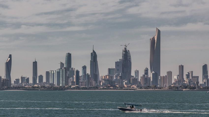 الكويت | سحب رعدية وأمطار غزيرة في مناطق واسعة قد تترافق بزخات البرد والرياح الهابطة